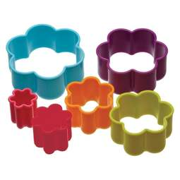View the 6 piece plastic FLOWER shaped icing / cookie cutter set online at Cake Stuff