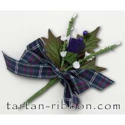 View the Pride of Bannockburn Scottish tartan ribbon buttonhole / cake spray online at Cake Stuff
