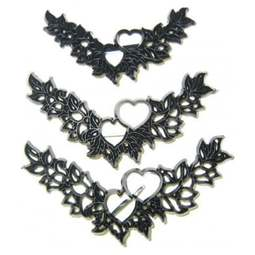 View the 3 pc HEART GARLAND icing sugarcraft cutter set online at Cake Stuff