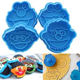 View the SESAME STREET MUPPETS 4 piece icing / cookie plunger cutter set online at Cake Stuff