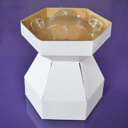 View the WHITE Cupcake Bouquet Box with insert tray - holds 7 cupcakes online at Cake Stuff