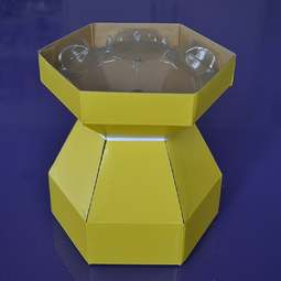 View the YELLOW Cupcake Bouquet Box with insert tray - holds 7 cupcakes online at Cake Stuff