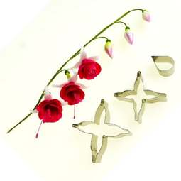 View the FUCHSIA 3 pc metal icing flower cutter set online at Cake Stuff