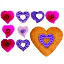 View the Fantasy Hearts Cupcake Tops icing cutter 4 piece set online at Cake Stuff