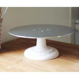 View the heavy duty metal cake decorating icing turntable online at Cake Stuff