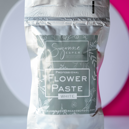 View the 1kg WHITE professional flower paste online at Cake Stuff